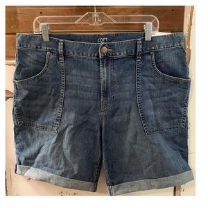 NWT The Loft boyfriend denim shorts